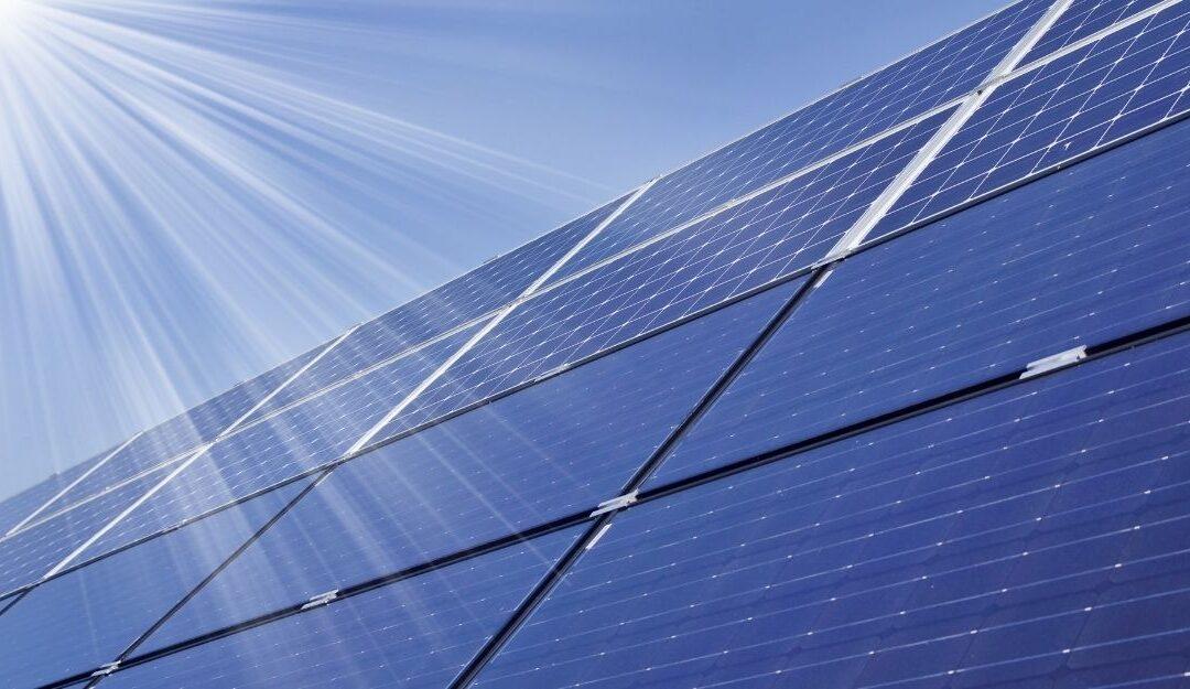 Het mes van duurzame energie snijdt aan twee kanten